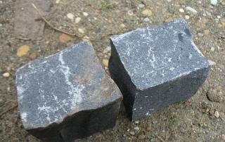 bazalt kockakő